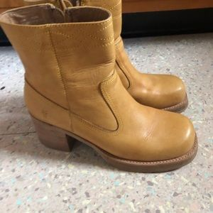 Size 10 Frye campus boots